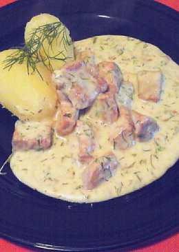 """Svéd """"Dillkött""""- főtt borjúhús, tejszínes kapormártásban"""