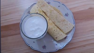 Kukoricalepény- tortilla,újhagymás tojáskrémmel!Házi aludttejjel