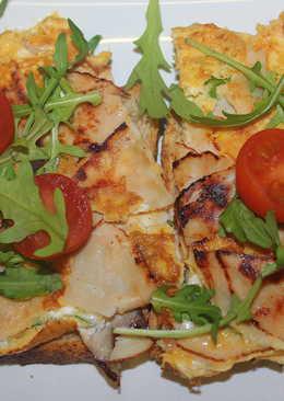 Rukkolás feta sajtos omlett pirítóson