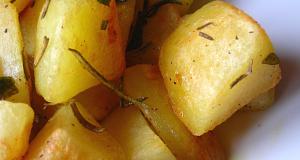 Ropogósra sült rozmaringos burgonya köret recept főfotó