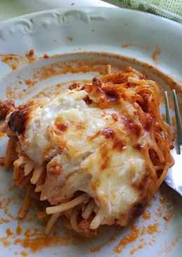 Tepsis spagetti ahogy mi szeretjük