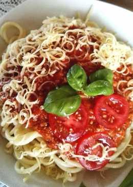 Bolognai spagetti, ahogy mi szeretjük. Gyors, ízletes és mindig betalál