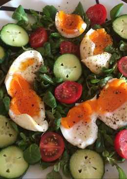 4 perces tojás salátaágyon