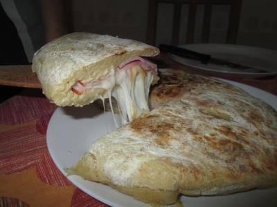 Sonkás sajtos krumplilepény
