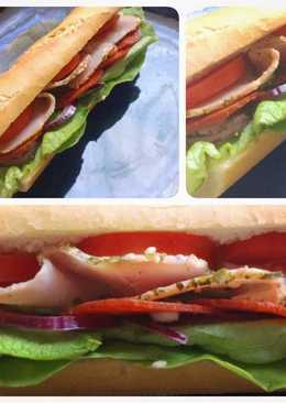 Sonkás szalámis szendvics