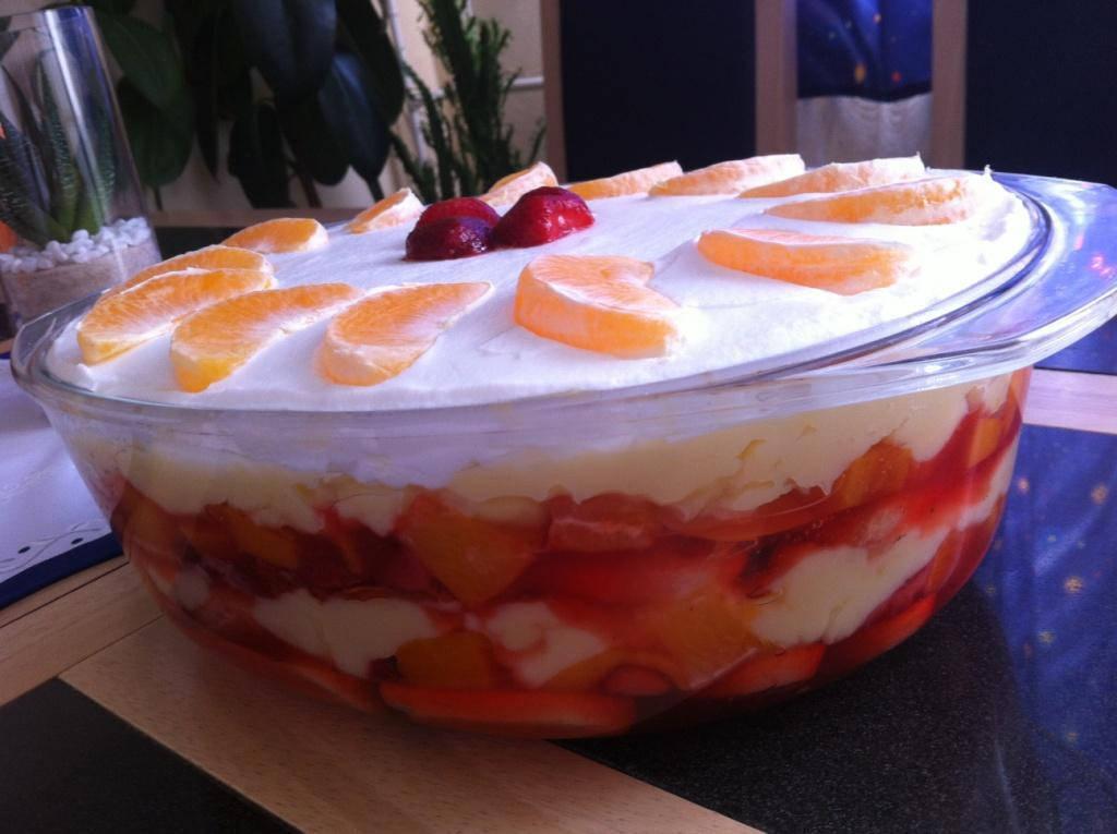 Gyümölcsös - Babapiskótás rakott süti recept főfotó