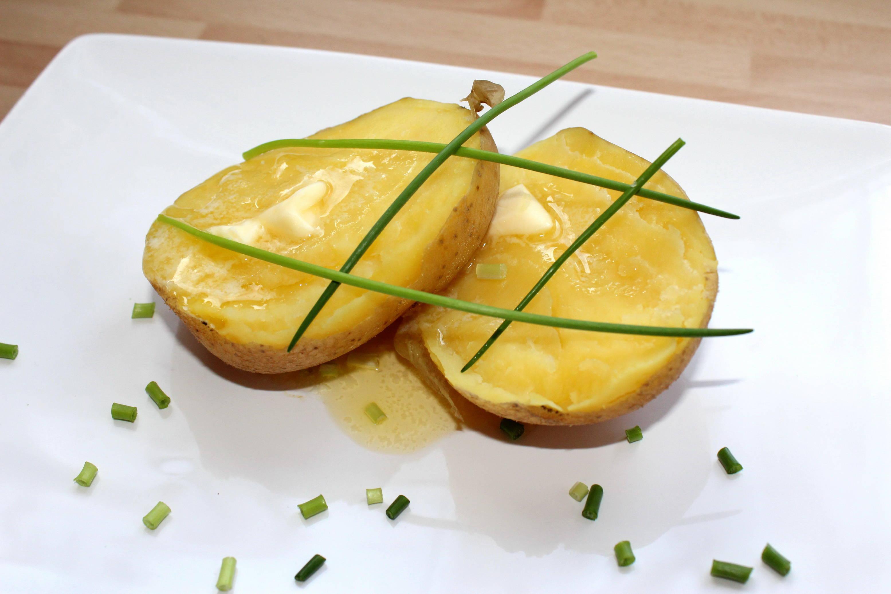 Héjában sült burgonya recept főfotó