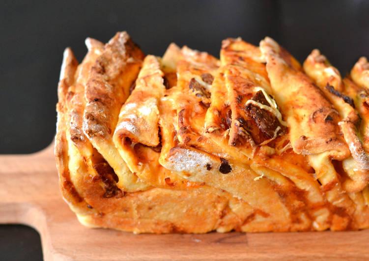 Rakott pizza kenyér