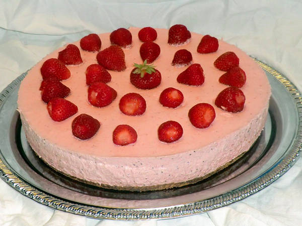 Eper mousse torta
