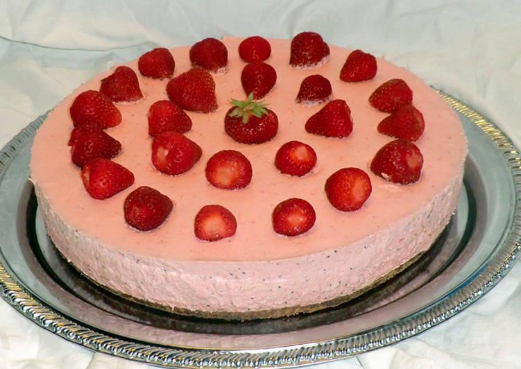 Eper mousse torta