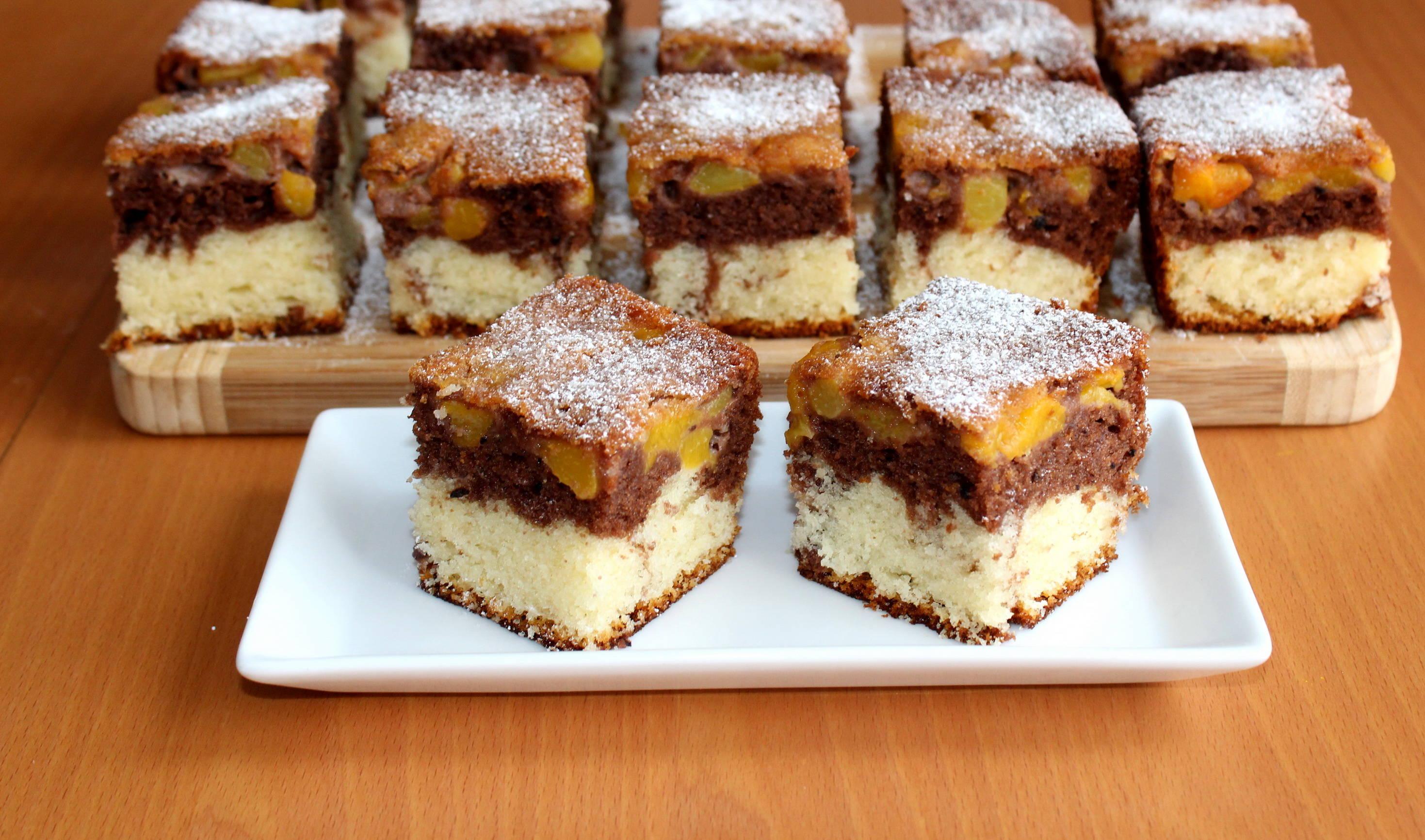 Réteges nektarinos süti recept főfotó