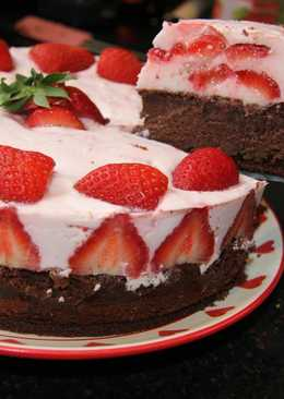 Joghurtos eper torta
