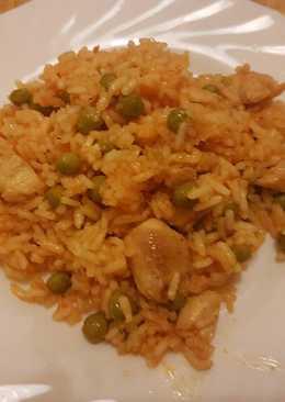 Zöldborsós rizses hús pirított csirkemell kockákkal