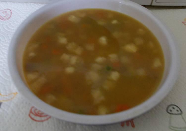 Zöldség leves tyúkgombával