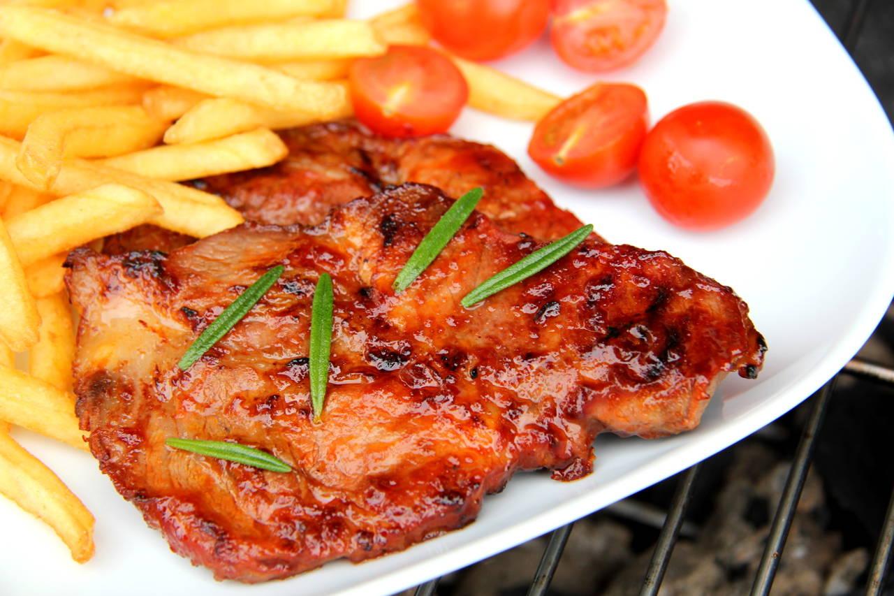 Grillezett sertéstarja recept BBQ szószban főfotó