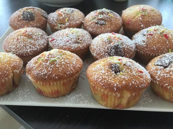 Meggyes bögrés muffin