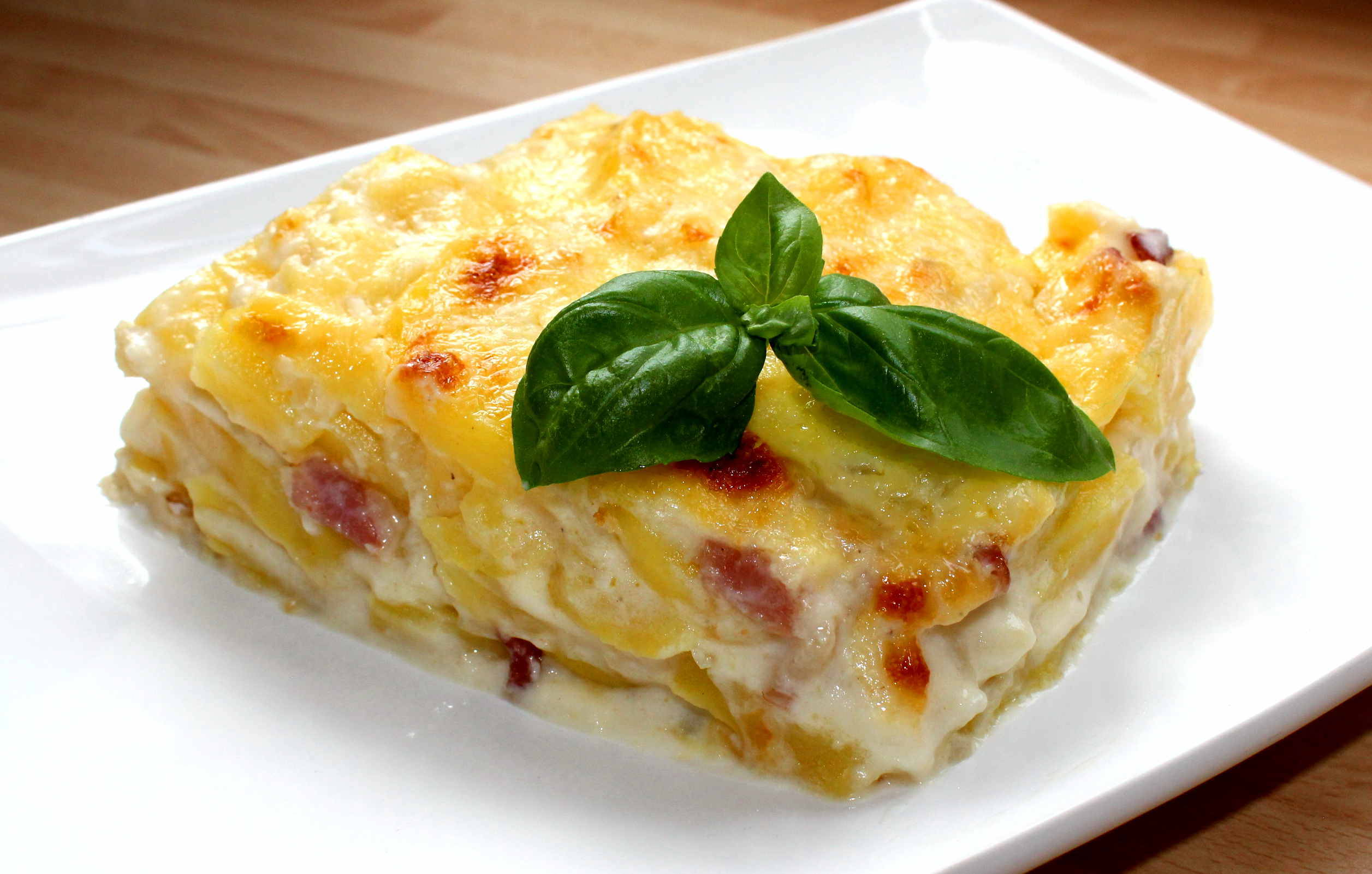Francia rakott burgonya recept főfotó