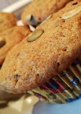 Epres-áfonyás teljes kiőrlésű muffin tökmaggal