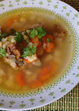 Csirkeaprólék leves vajgaluskával