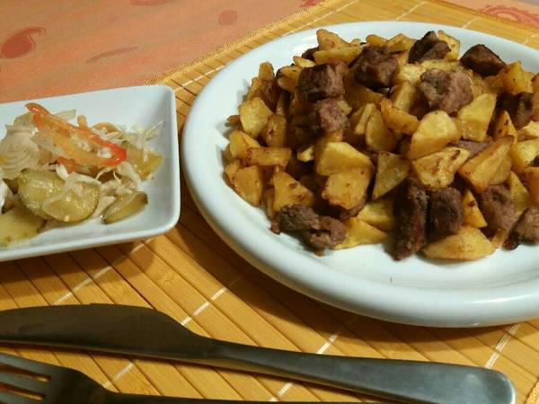 Brassói aprópecsenye favágó konyhájából