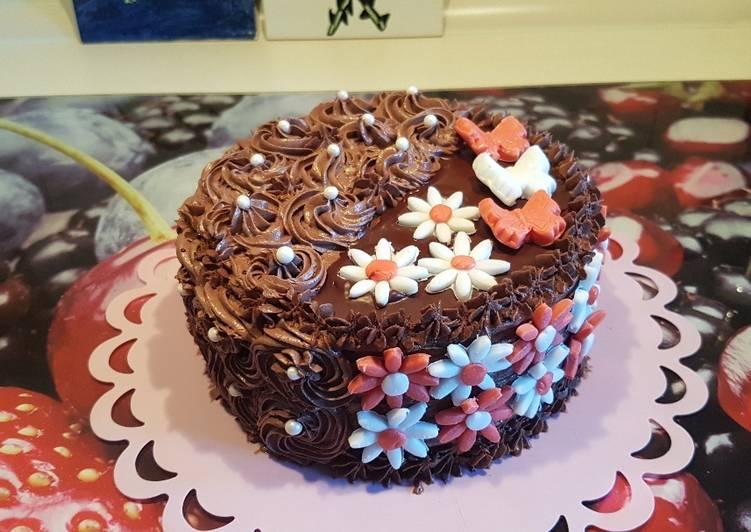 szülinapi torta képek Rumos csokis szülinapi torta | Mariann Törteli receptje   Cookpad  szülinapi torta képek