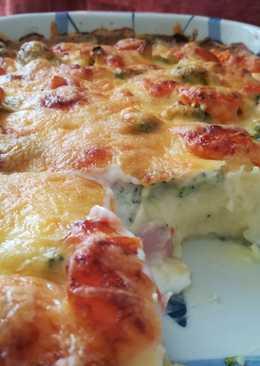 Zöldséges sajtos sült burgonyapüré