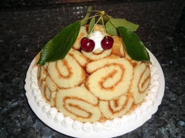 Charlotte torta recept cseresznyés-túrós töltelékkel