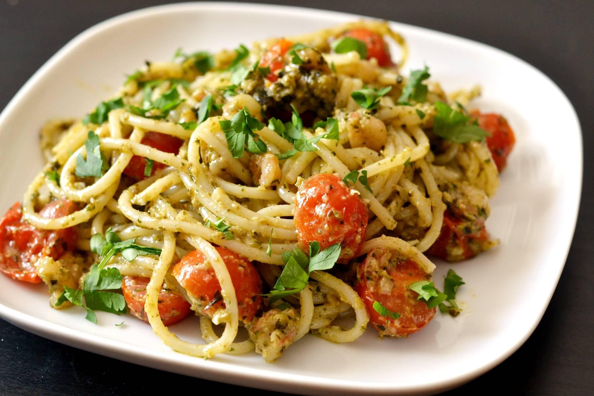 Garnélás-pestós spagetti recept főfotó