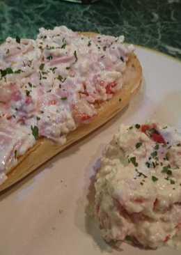 Túrós -sonkás szendvicskrém (saláta)