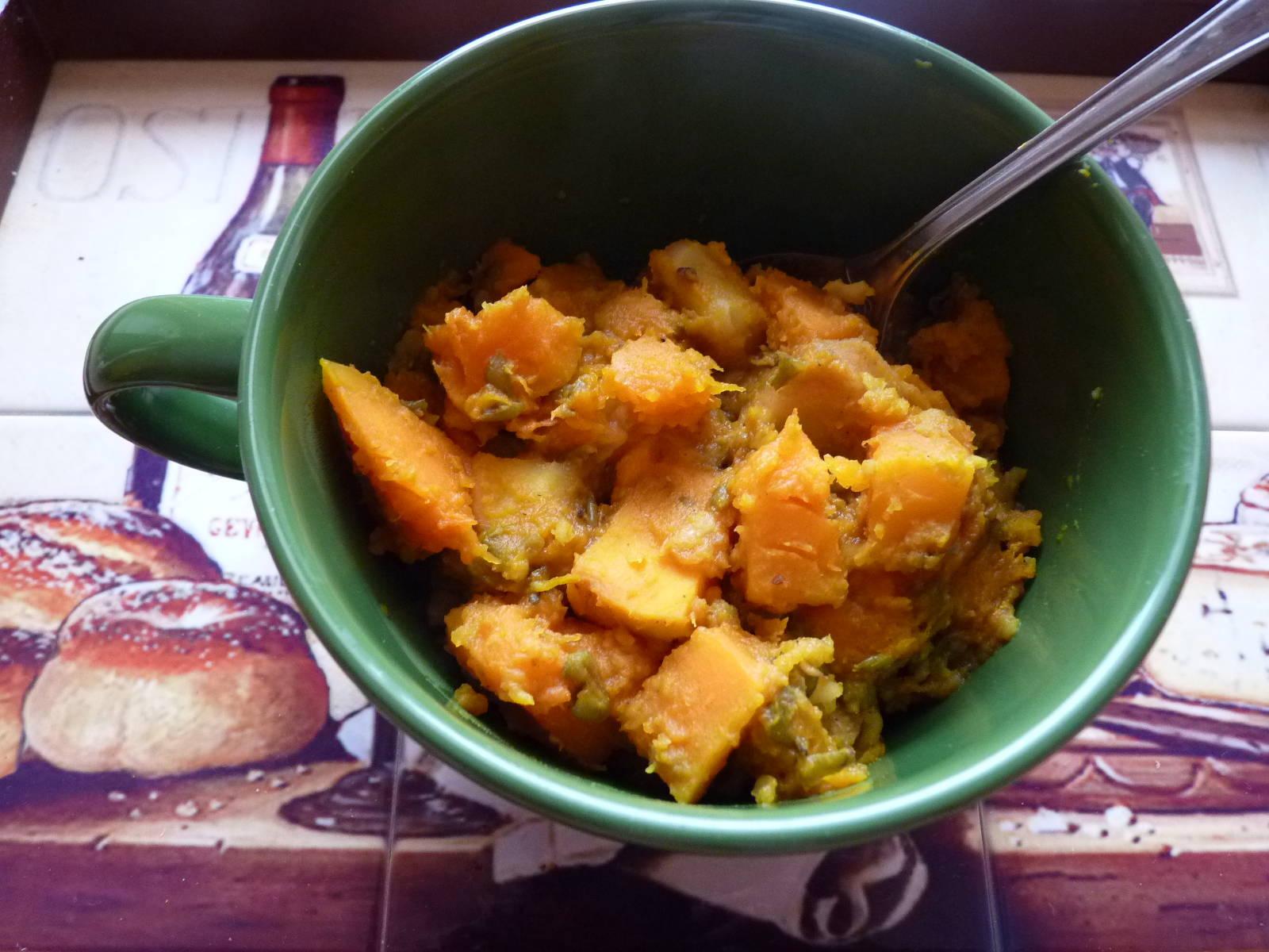 Indiai sült zöldségek mungóbabbal recept főfotó