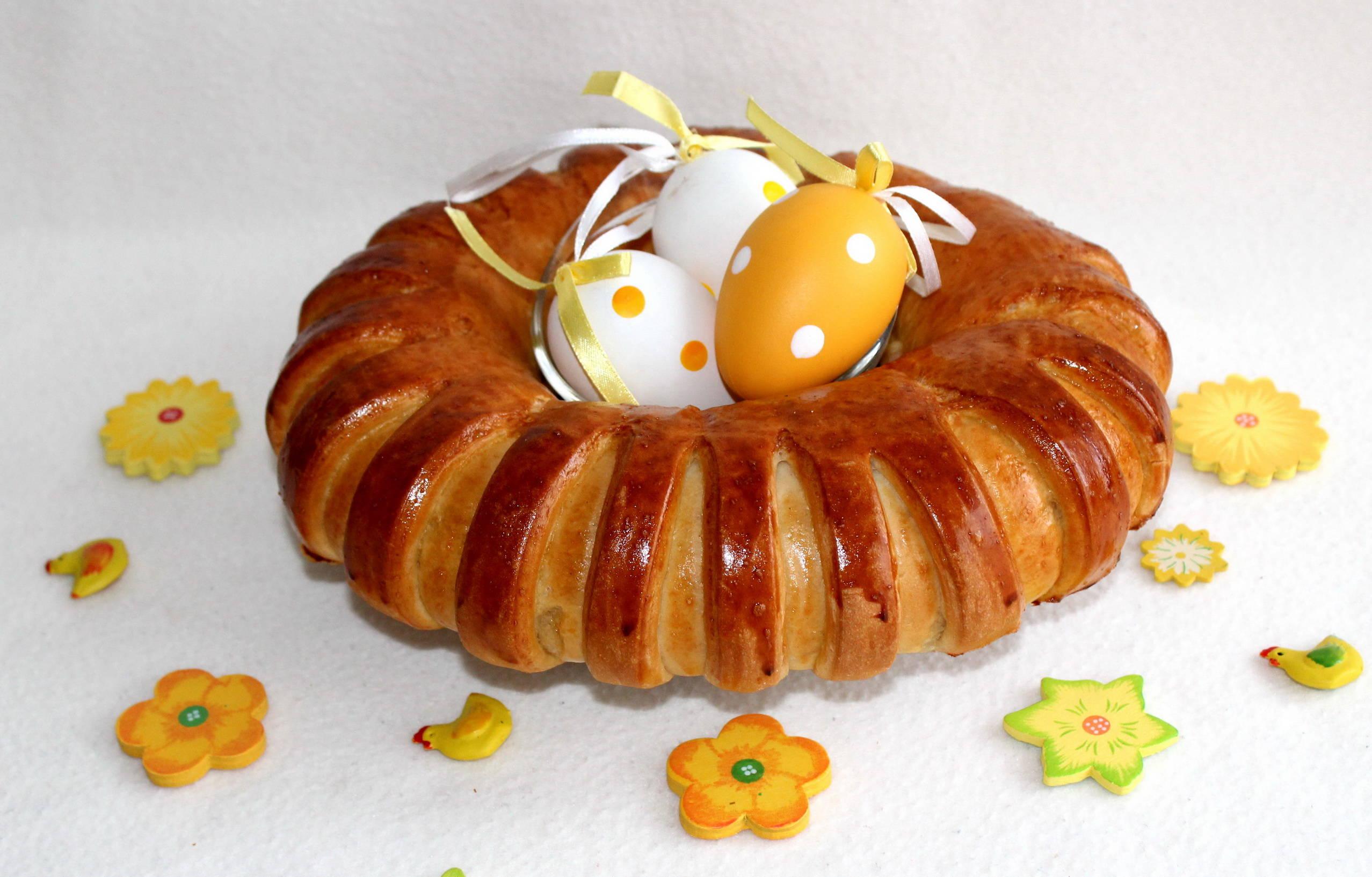 Húsvéti sonkás-tormás koszorú recept főfotó