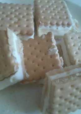 Tejfölös kekszes süti