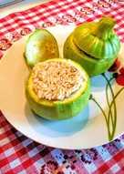 Vegetáriánus, rizzsel töltött cukkini (húsmentes)