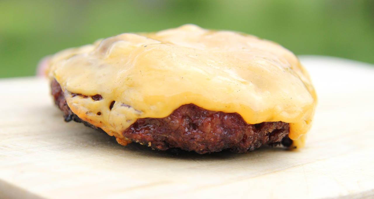 Hagymás-marha hamburgerhús recept főfotó