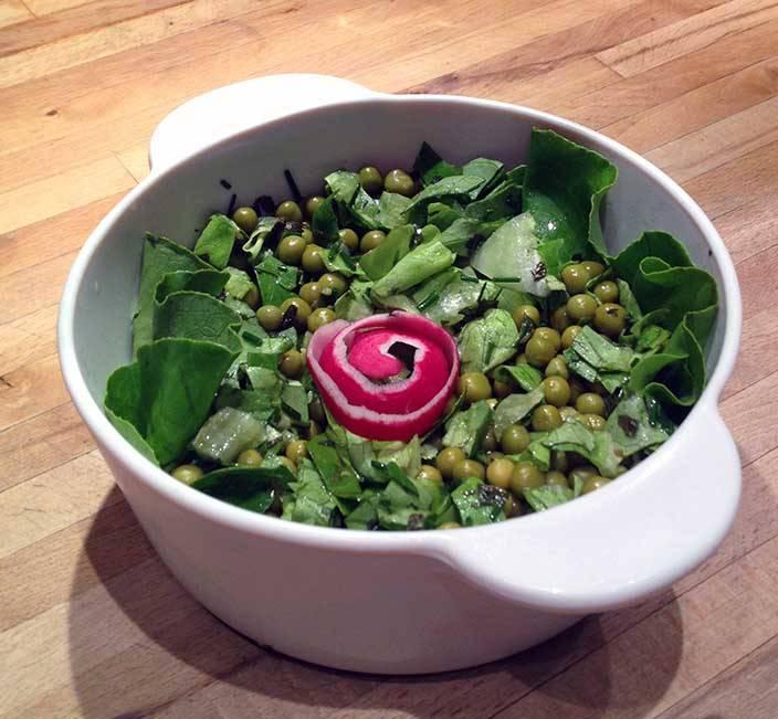 Mentás zöldborsósaláta recept főfotó