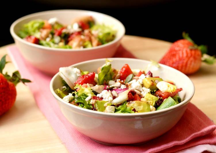 Epres-csirkés saláta