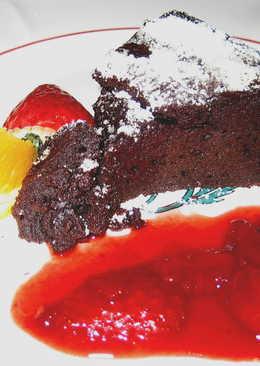 Francia csokoládétorta recept - melegen tálalva