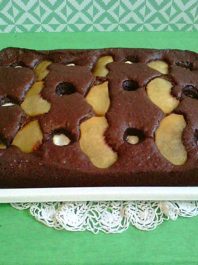 Kakaós kevert süti, kókuszos túrógolyóval és őszibarackkal