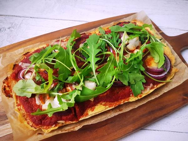 Pizzatészta csicseriborsólisztből (vegán, gluténmentes)