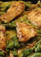 Csirkemell spárgával, sonkás spárga mártással