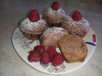 Ancsyka-féle egyszerű málnás muffin