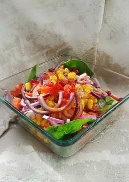 Színes bébispenót saláta