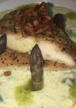 Zöldspárgás kölesrizottó, négyborsos csirkemellel