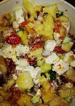 Fetasajt saláta, szalonnával