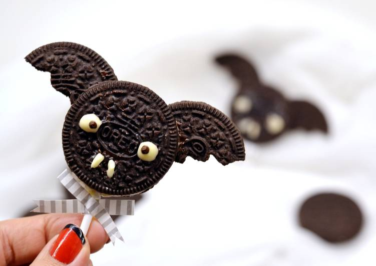 Halloween Oreo denevér keksz