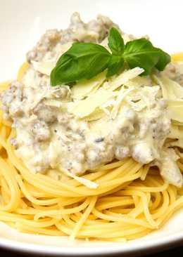 Krémsajtos-húsos spagetti