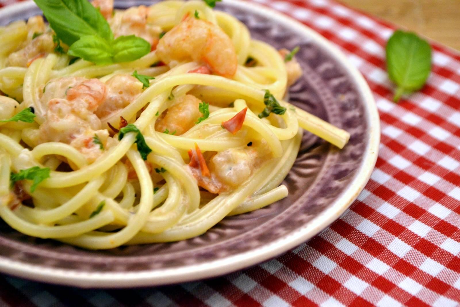 Tejszínes garnélás spagetti recept főfotó