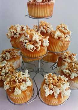 Popcorn-os karamellás cupcake