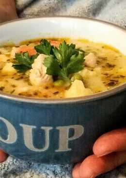 Tárkonyos csirkeragu leves vajgaluskával