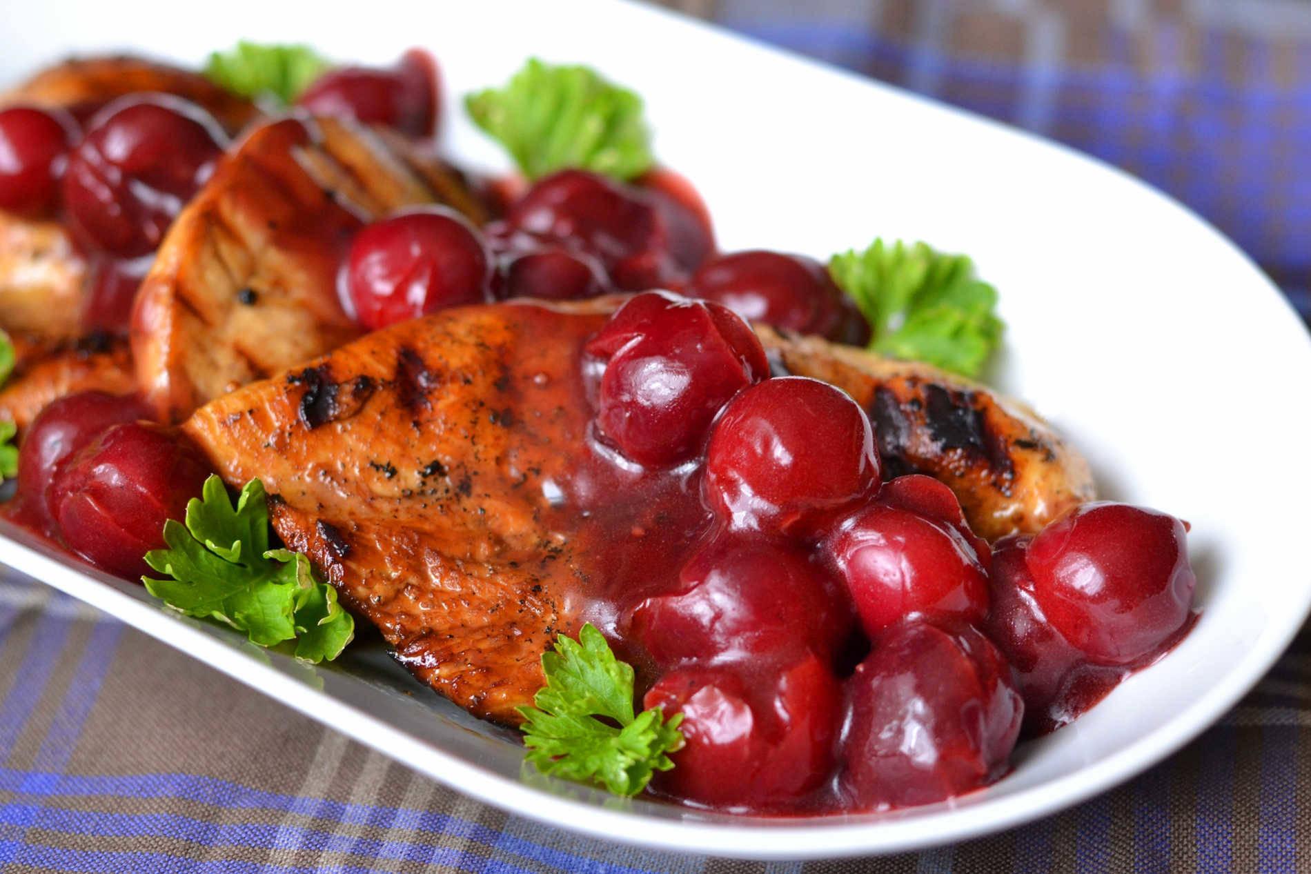 Meggyszószos csirkemell recept főfotó